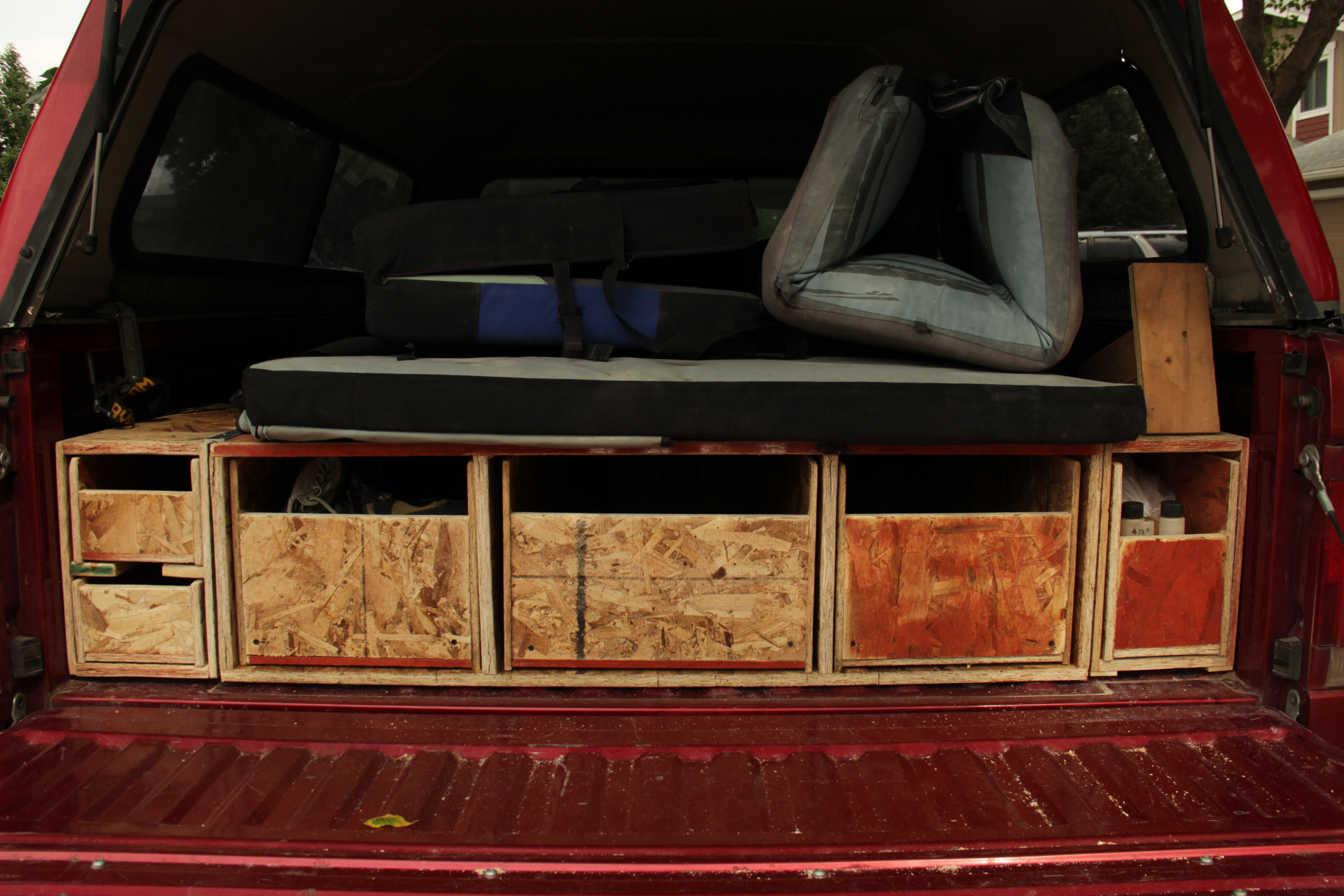 Share a frame gun rack plans woodworking project simple - Homemade truck bed drawers ...