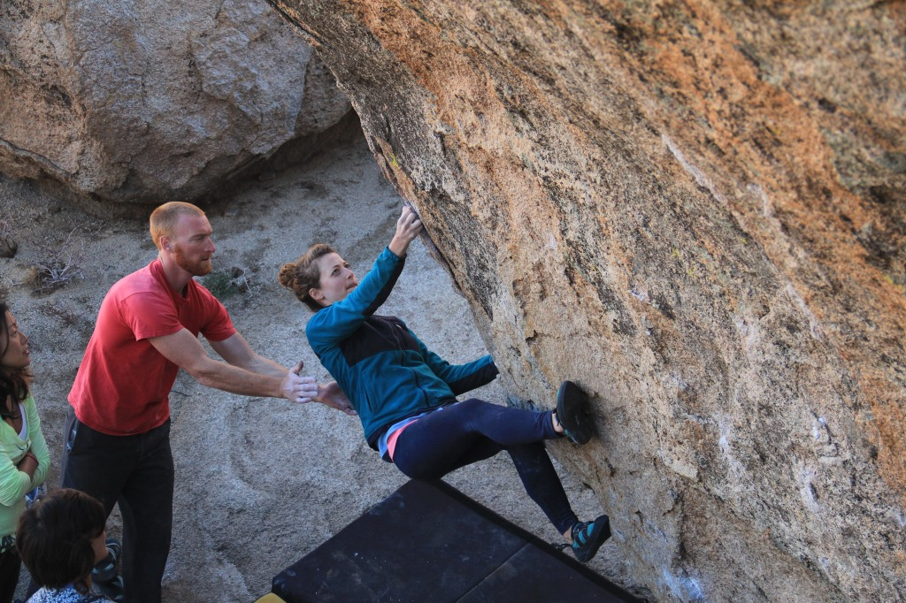 Angie Bradshaw convincingly crushes Fly Boy Arete (V5)
